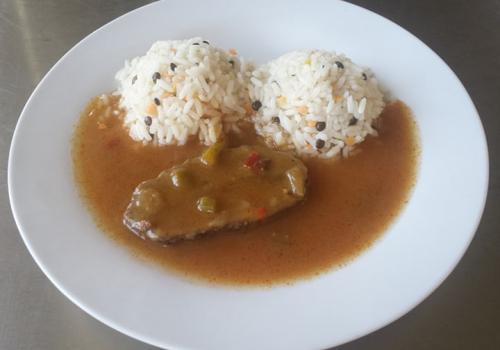 Hovězí pečeně cikánská, rýže s čočkou 27.2.2019
